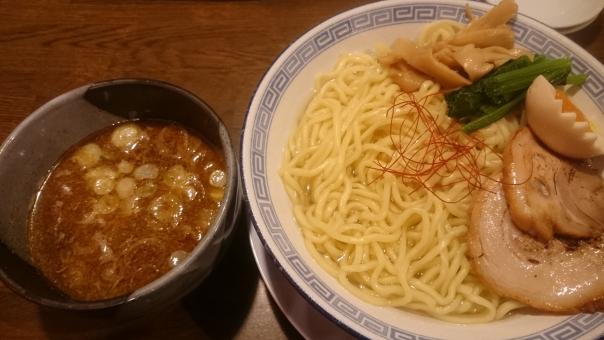 麺屋たけ井R1号店 @京都・八幡「濃厚豚骨魚介つけ麺」実食レビュー