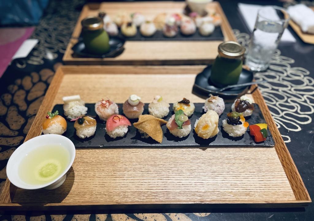 京都グルメレポート527「手毬寿司と日本茶宗田」手毬寿司14貫セット